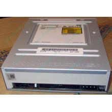 CDRW TSST SR-M8202 IDE white (Подольск)